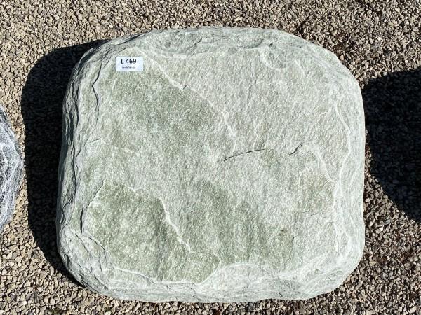 Liegestein aus Verde Spluga ca. 55x50x10cm