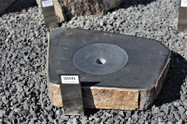 Quellstein aus Basalt ca. 50x40x8cm