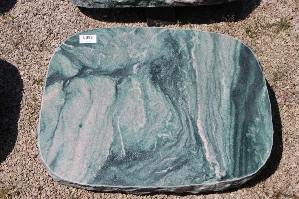 Liegestein Atlantis poliert/bossiert ca. 62x12x45cm