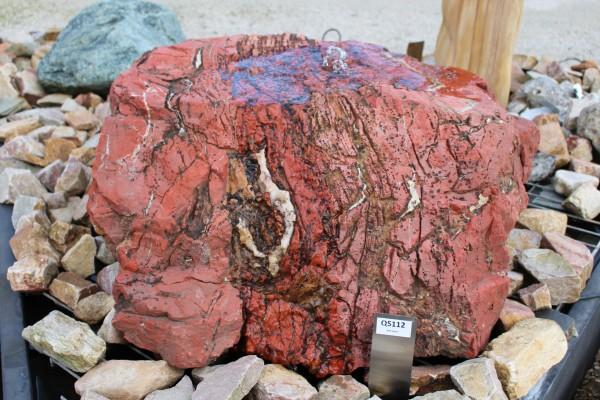 Roter Jaspis Quellstein ca. 72x65x38cm